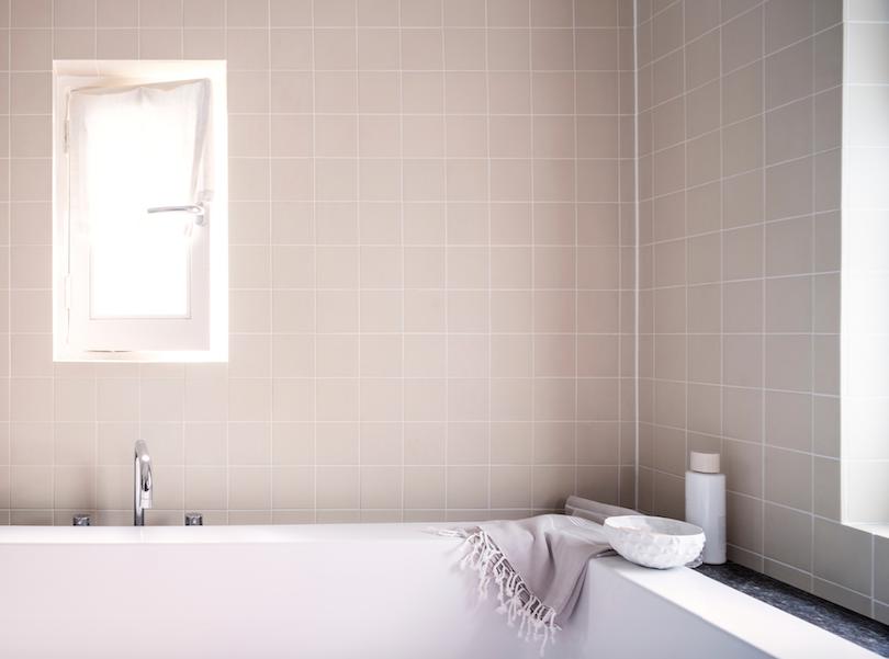 azulejo pintado baño